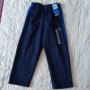 NWT boy's Champion pants size 5/6